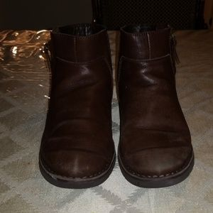 UGG ANKLE BOOTS SHERLING LINED SIZE 8
